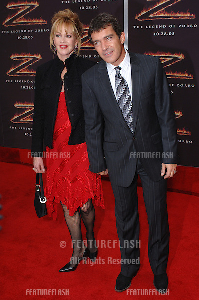 Actor ANTONIO BANDERAS & wife actress MELANIE GRIFFITH at the Los Angeles premiere of his new movie The Legend of Zorro..October 16, 2005  Los Angeles, CA..© 2005 Paul Smith / Featureflash