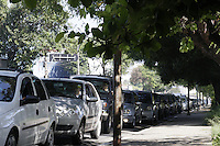 FOTO EMBARGADA PARA VEICULOS INTERNACIONAIS - SAO PAULO, SP, 23 DE NOVEMBRO 2012 - TRANSITO  SP - Congestionamento na Av Rudge sentido Av Rio Branco. O motorista encontra dificuldade diariamento  devido  a interdicao do viaduto Orlando urgel desde o mes de setembro apos incendio em favela. A liberacao esta prevista para abril de 2013. Manha desexta-feira, 23, Bom Retiro, zona central da capital paulista -  FOTO LOLA OLIVEIRA - BRAZIL PHOTO PRESS