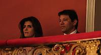 SAO PAULO, SP, 13 DE MAIO 2013 - VISITA PRESIDENTE DA ALEMANHA AO BRASIL - Prefeito Fernando Haddad e sua esposa Ana Estella durante encontro Brasil x Alemanha no Teatro Municipal na cidade de Sao Paulo na noite desta segunda-feira. FOTO: VANESSA CARVALHO - BRAZIL PHOTO PRESS