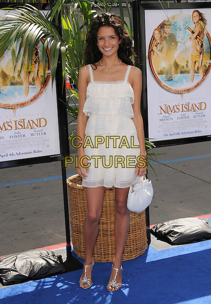 ALICE GRETHCHEN .Attends Fox Walden's World Premiere of Nim's Island held at The Grauman's Chinese Theatre in Hollywood, California, USA, March 30th 2008                                                                     Full length white tiered ruffle dress bag .CAP/DVS.©Debbie VanStory/Capital Pictures