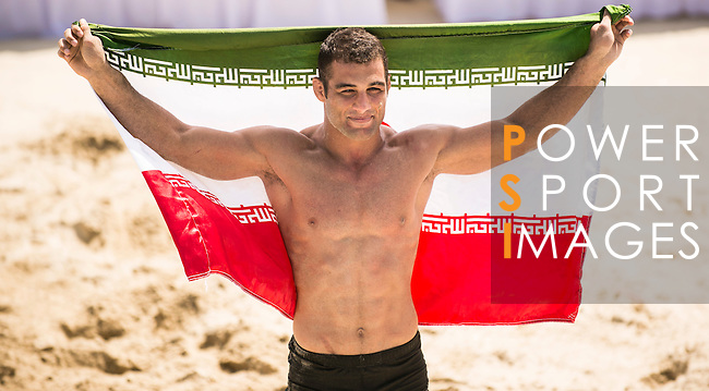 HASSAN TABAR JELODAR Omid of Iran fights against AUNJAI Chanwit of Thailand during the Beach Wrestling Men's under 80kg Gold Medal on Day Nine of the 5th Asian Beach Games 2016 at Bien Dong Park on 02 October 2016, in Danang, Vietnam. Photo by Marcio Machado / Power Sport Images
