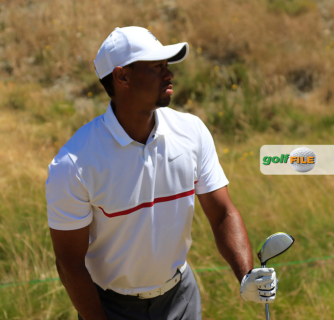 Tiger WOODS (USA) tees off the 8th tee during Friday's Round 2 of the 2015 U.S. Open 115th National Championship held at Chambers Bay, Seattle, Washington, USA. 6/19/2015.<br /> Picture: Golffile | Eoin Clarke<br /> <br /> <br /> <br /> <br /> All photo usage must carry mandatory copyright credit (&copy; Golffile | Eoin Clarke)
