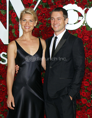 NEW YORK, NY-June 12: Claire Danes, Hugh Dancy at the 70th Annual Tony Awards at the Beacon Theatre in New York. NY June 12, 2016. Credit:RW/MediaPunch