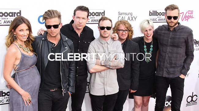 LAS VEGAS, NV, USA - MAY 18: Genevieve Tedder, Ryan Tedder, Zach Filkins, Eddie Fisher, Drew Brown, Brent Kutzle, OneRepublic at the Billboard Music Awards 2014 held at the MGM Grand Garden Arena on May 18, 2014 in Las Vegas, Nevada, United States. (Photo by Xavier Collin/Celebrity Monitor)