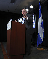 Le ministre de la Sante et des Services sociaux,  Gaetan Barrette, procede a une annonce importante concernant l'attente dans les urgences, le vendredi 12 janvier 2018.<br /> <br /> PHOTO :  Agence Quebec Presse
