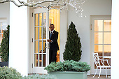 United States President Barack Obama leaves the Oval Office for the last time as President, in Washington, D.C. on January 20, 2017. Later today President-Elect Donald Trump will be sworn-in as the 45th President.   <br /> Credit: Kevin Dietsch / Pool via CNP