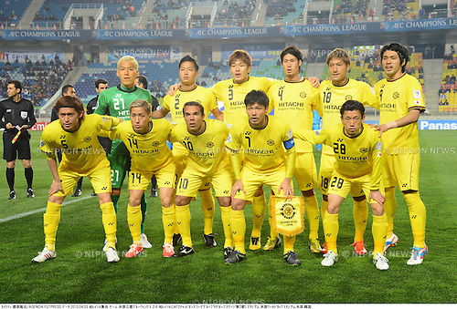 Kashiwa Reysol team group line-up,.APRIL 3, 2013 - Football / Soccer :.Kashiwa Reysol team group shot (Top row - L to R) Takanori Sugeno, Masato Fujita, Naoya Kondo, Daisuke Suzuki, Junya Tanaka, Masato Kudo, (Bottom row - L to R) Tatsuya Masushima, Kenta Kano, Leandro Domingues, Hidekazu Otani and Ryoichi Kurisawa before the AFC Champions League Group H match between Suwon Bluewings 2-6 Kashiwa Reysol at Suwon World Cup Stadium in Suwon, South Korea. (Photo by Takamoto Tokuhara/AFLO)