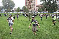 Milano 13 Ottobre: si è svolta sabato l'Alleycat race, la gara in bici ispirata ai pony express. Nella foto i partecipanti partono per la gara