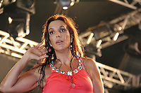 GUARUJA, SP, 08 DE JANEIRO 2012. VERAO SHOW GUARUJA- A cantora Ivete Sangalo, no Verao Show do Guaruja, no Ginasio Guaibe, no Guaruja, na noite deste sabado, 7. FOTO MILENE CARDOSO - NEWS FREE