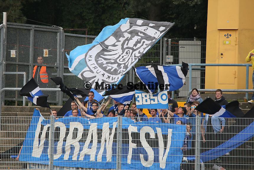 Fans des FSV Frankfurt - SV Darmstadt 98 vs. FSV Frankfurt, Stadion am Boellenfalltor