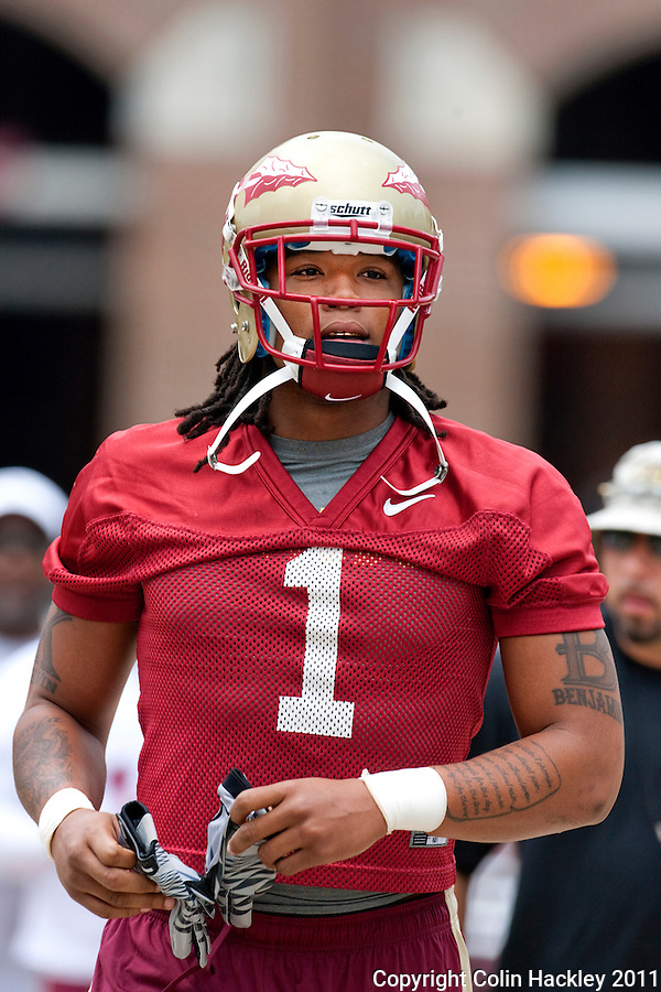 TALLAHASSEE, Fla. 8/8/11-FSU080811 CH-Florida State wide receiver Kelvin Benjamin heads to  the first day of practice Monday in Tallahassee. .COLIN HACKLEY PHOTO