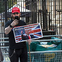 Manifestatione di protesta durante la visita di Trump a Londra: sostenoitori di Trump<br /> <br /> Demonstration against Trump during his visit to London: Trump's supporters.
