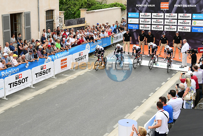 Team Sunweb power off the start ramp during Stage 3 of the 2018 Criterium du Dauphine 2018 a Team Time Trial running 35km from Pont de Vaux to Louhans Chateaurenaud, France. 6th June 2018.<br /> Picture: ASO/Alex Broadway | Cyclefile<br /> <br /> <br /> All photos usage must carry mandatory copyright credit (© Cyclefile | ASO/Alex Broadway)