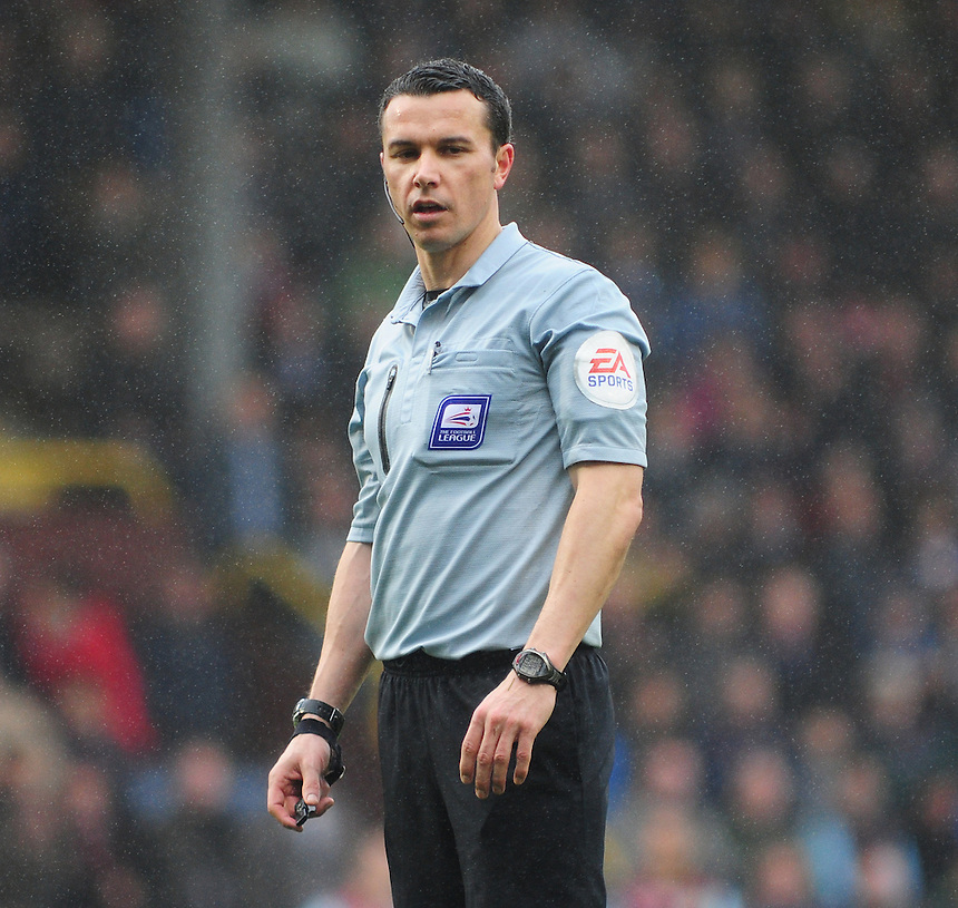 Referee Dean Whitestone <br /> <br /> Photo by Chris Vaughan/CameraSport<br /> <br /> Football - The Football League Sky Bet Championship - Burnley v Middlesbrough - Saturday 12th April 2014 - Turf Moor - Burnley<br /> <br /> &copy; CameraSport - 43 Linden Ave. Countesthorpe. Leicester. England. LE8 5PG - Tel: +44 (0) 116 277 4147 - admin@camerasport.com - www.camerasport.com
