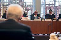 """8. Sitzung des Untersuchungsausschusses """"PKW-Maut"""" des Deutschen Bundestag am Donnerstag den 13. Februar 2020.<br /> Der Ausschuss wurde zur Aufklaerung der Mautvertraege zwischen dem Verkehrsministerium unter Leitung von Andreas Scheuer (CSU) und den Firmen Kapsch und CTS Eventim eingerichtet.<br /> Der Maut-Untersuchungsausschuss soll das Verhalten der Regierung und besonders des Verkehrsministers bei der Vorbereitung und der Vergabe der Betreibervertraege """"umfassend aufklaeren"""".<br /> Als Zeuge fuer die Sitzung war Bundesminister a.D. Dr. Peter Ramsauer (CSU) geladen (links im Bild).<br /> Im Bild 2.vr.: Der Ausschussvorsitzende Udo Schiefner, SPD.<br /> 13.2.2020, Berlin<br /> Copyright: Christian-Ditsch.de<br /> [NUR FUER REDAKTIONELLE ZWECKE! Werbung nur auf Anfrage beim Fotografen. Inhaltsveraendernde Manipulation des Fotos nur nach ausdruecklicher Genehmigung des Fotografen. Vereinbarungen ueber Abtretung von Persoenlichkeitsrechten/Model Release der abgebildeten Person/Personen liegen nicht vor. NO MODEL RELEASE! Don't publish without copyright Christian-Ditsch.de, Veroeffentlichung nur mit Fotografennennung, sowie gegen Honorar, MwSt. und Beleg. Konto: I N G - D i B a, IBAN DE58500105175400192269, BIC INGDDEFFXXX, Kontakt: post@christian-ditsch.de<br /> Bei der Bearbeitung der Dateiinformationen darf die Urheberkennzeichnung in den EXIF- und  IPTC-Daten nicht entfernt werden, diese sind in digitalen Medien nach §95c UrhG rechtlich geschuetzt. Der Urhebervermerk wird gemaess §13 UrhG verlangt.]"""