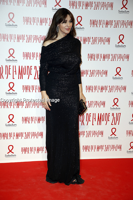Monica Bellucci - Sidaction 2017 Fashion Dinner - 26/01/2017 - Paris - France # DINER DE LA MODE DU SIDACTION 2017