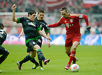 FUSSBALL   1. BUNDESLIGA  SAISON 2012/2013   21. Spieltag  FC Bayern Muenchen - SV Werder Bremen    23.02.2013 Franck Ribery (re, FC Bayern Muenchen) gegen Zlatko Junuzovic (li, SV Werder Bremen)  und Aleksandar Ignjovski (hinten, SV Werder Bremen)