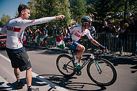Peter Kennaugh (GBR/BORA-hansgrohe) in the feedzone<br /> <br /> MEN ELITE ROAD RACE<br /> Kufstein to Innsbruck: 258.5 km<br /> <br /> UCI 2018 Road World Championships<br /> Innsbruck - Tirol / Austria