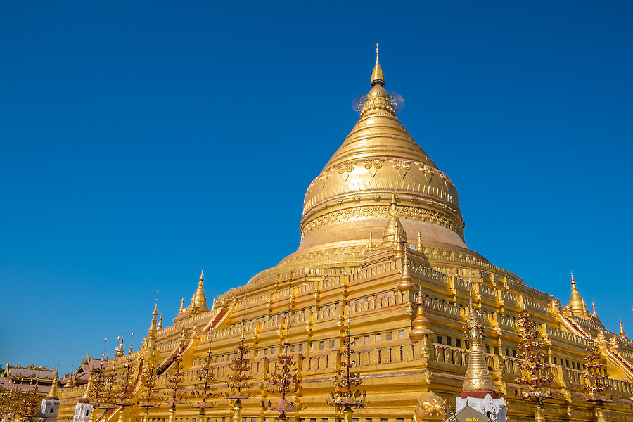 View of the Shwezigon Paya Pagoda in Bagan, Myanmar (Burma) .