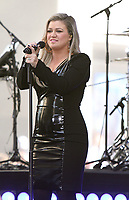 NEW YORK, NY June 07: Kelly Clarkson performs at NBC's Today Show Concert Series in New York City on June 07, 2018. <br /> CAP/MPI/RW<br /> &copy;RW/MPI/Capital Pictures