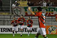 SÃO PAULO, SP, 23 DE JUNHO DE 2012 - CAMPEONATO BRASILEIRO - PORTUGUESA x SÃO PAULO: Ivan (c) comemora gol da Portuguesa durante partida Portuguesa x São Paulo, válida pela 6ª rodada do Campeonato Brasileiro de 2012 no Estádio do Canindé. FOTO: LEVI BIANCO - BRAZIL PHOTO PRESS