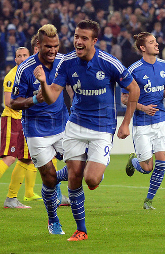 22.10.2015. Gelsenkirchen, Germany. UEFA Europa League football. FC Schalke versus Sparta Prague. Goal celebration for 1:0 scorer Franco Di Santo (FC Schalke 04) with Eric Maxim Choupo Moting (FC Schalke 04)