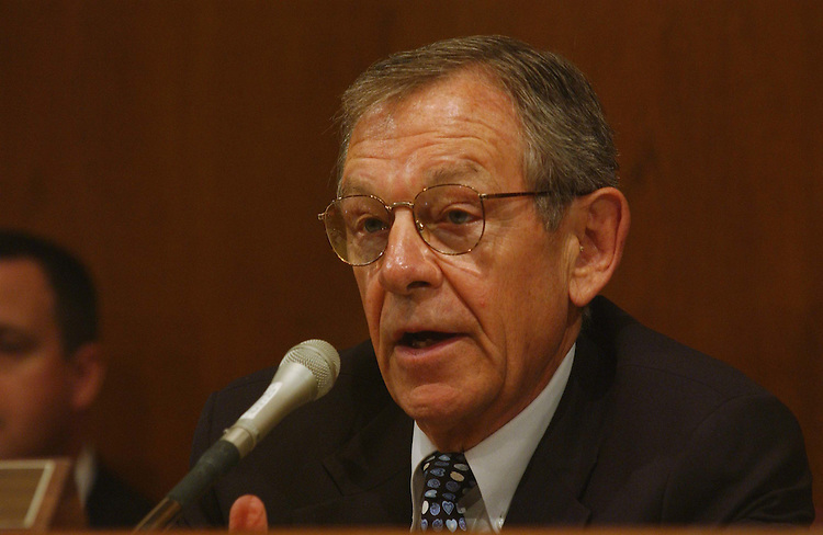 6/5/03.CLEAR SKIES ACT--Chairman George V. Voinovich, R-Ohio, during the Senate Environment and Public Works Subcommittee on Clean Air, Climate Change, and Nuclear Safety hearing to consider Clear Skies Act, S. 485. .CONGRESSIONAL QUARTERLY PHOTO BY SCOTT J. FERRELL