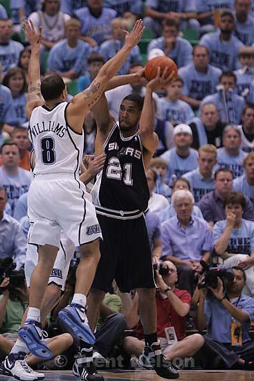 San Antonio Spurs forward Tim Duncan  (21) Utah Jazz guard Deron Williams (8) Salt Lake City - Utah Jazz vs. San Antonio Spurs, Western Conference Finals game three at EnergySolutions Arena..5.26.2007