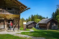 Austria, Tyrol, Kramsach: open-air museum Tyrolean Farmhouses - left Zenzl's farm, right Franzl's Klaisa's farm   Oesterreich, Tirol, Wanderdorf Kramsach: Freilichtmuseum Tiroler Bauernhoefe - links der Zenzl's Hof, rechts der Franzl's Klaisa's Hof