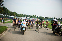 For a long time after the 2nd neutralisation, the race itself was neutralised so that teamcars and race officials could regroup at a point ahead of the peloton.<br /> <br /> 90th Schaal Sels 2015