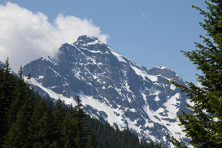 Mountain views in North Cascades National Park, Washington State, WA, USA