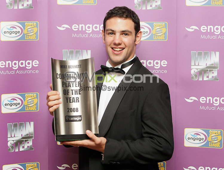 PICTURE BY VAUGHN RIDLEY/SWPIX.COM - Rugby League - Super League - Man of Steel Awards 2008 - Hilton Hotel, Manchester, England - 30/09/08...Copyright - Simon Wilkinson - 07811267706...St. Helens Mike Bennett wins the 2008 Community Player of the Year Award.