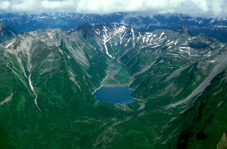 AK: Lake Clark National Park, Alaska, aerial scenic view  .Photo Copyright: Lee Foster, lee@fostertravel.com, www.fostertravel.com, (510) 549-2202.Image: akbear215