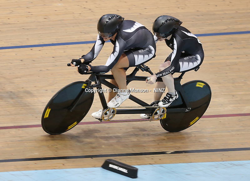 Laura Fairweather and Emma Foy at the 2015 Southland Track Championships and UCI Para-cylcing C1 Track Open, Sit Zero Fees Velodrome, Invercargill, New Zealand, Friday, December 05, 2014. Credit:NINZ / Dianne Manson