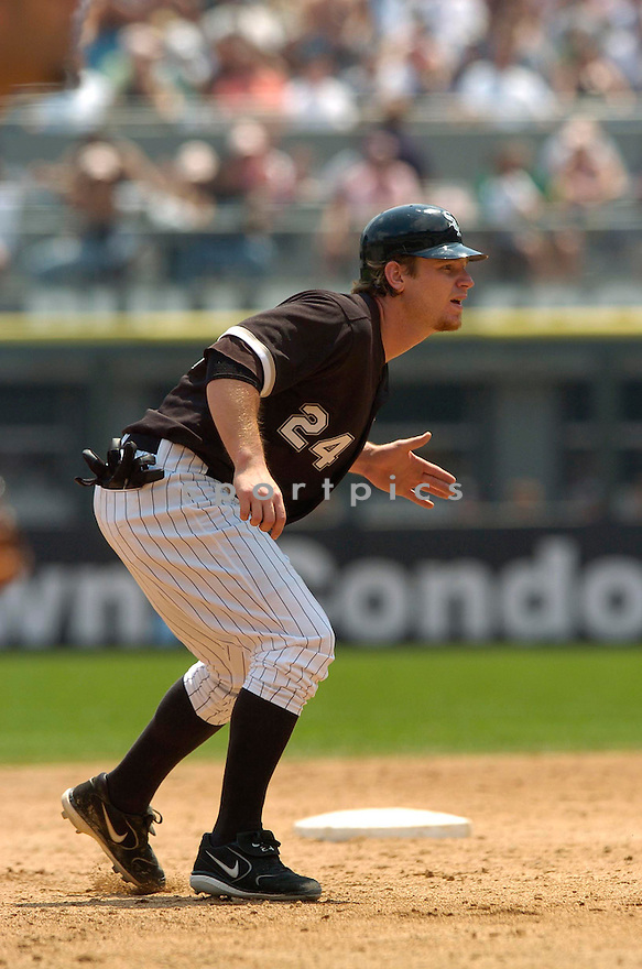 Joe Crede, of the Chicago White Sox, during thier game against the Boston Red Sox  on July 8, 2006 in Chicago...White Sox win 9-6..David Durochik / SportPics