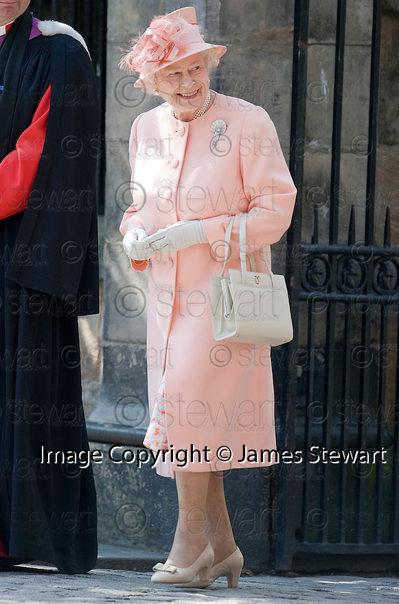 HER MAJESTY QUEEN ELIZABETH II LEAVES CANONGATE KIRK IN EDINBURGH AFTER THE WEDDING OF ZARA PHILLIPS AND MIKE TINDALL