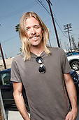 Apr 16, 2010: TAYLOR HAWKINS - Photosession in Los Angeles CA USA
