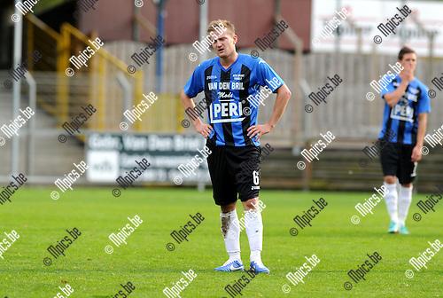 2012-10-14 / Voetbal / Seizoen 2012-2013 / Rupel-Boom - Hoogstraten / Jeroen Mertens..Foto: Mpics.be