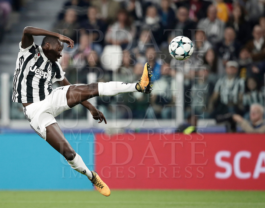 Football Soccer: UEFA Champions League Juventus vs Olympiacos Allianz Stadium. Turin, Italy, September 27, 2017. <br /> Juventus' Blaise Matuidi in action during the Uefa Champions League football soccer match between Juventus and Olympiacos at Allianz Stadium in Turin, September 27, 2017.<br /> UPDATE IMAGES PRESS/Isabella Bonotto
