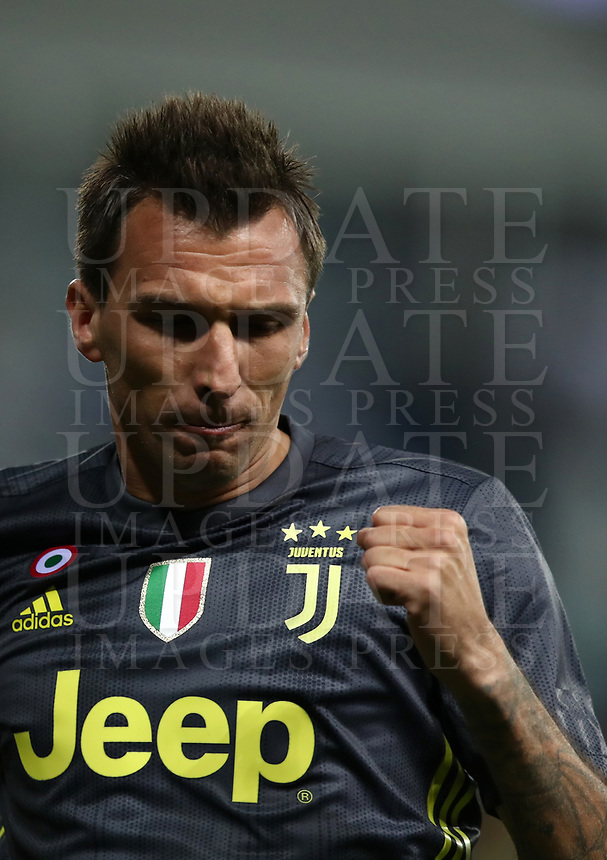 Calcio, Serie A: Parma - Juventus, Parma stadio Ennio Tardini, 1 settembre 2018.<br /> Juventus' Mario Mandzukic celebrates after scoring during the Italian Serie A football match between Parma and Juventus at Parma's Ennio Tardini stadium, September 1, 2018. <br /> UPDATE IMAGES PRESS/Isabella Bonotto