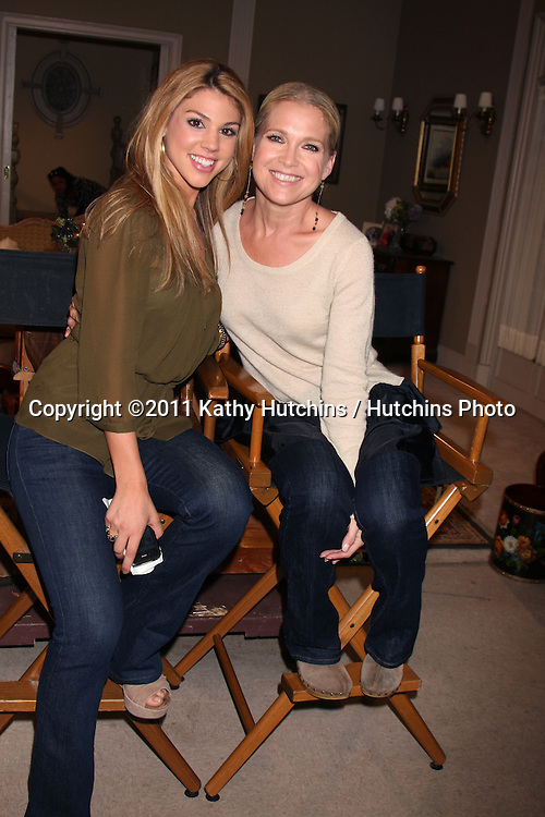 LOS ANGELES - AUG 10:  Kate Mansi, Melissa Reeves at the Horton Square Press Junket at the Days of Our Lives Set - NBC on August 10, 2011 in Burbank, CA