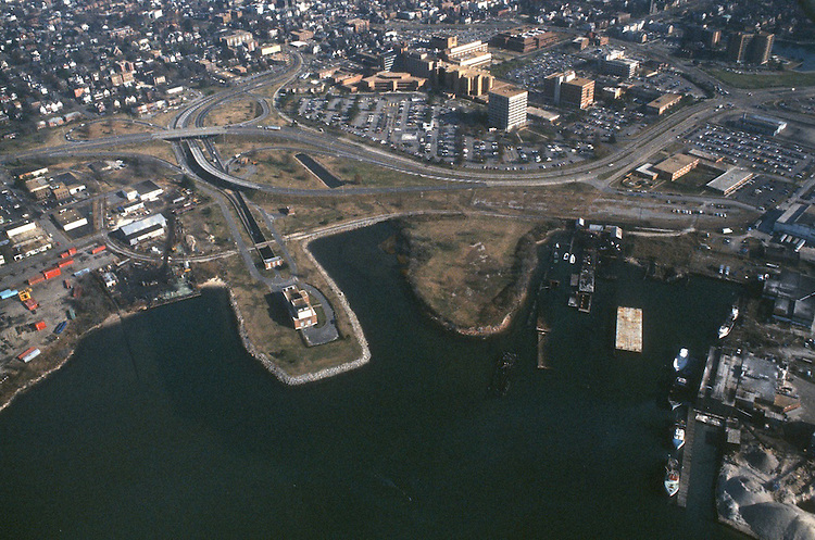 1986 December..Redevelopment.Atlantic City (R-1)..EVMS MEDICAL SCHOOL.PLUM POINT...NEG#.NRHA#..