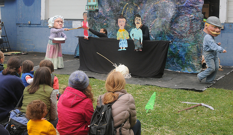 "Arm-of-the-Sea Theater, presenting their new play ""DIRT"" that tells the story of how Garlic came to the area, at the 27th Annual Hudson Valley Garlic Festival, held in Cantine Memorial Field, in Saugerties, NY, on Saturday, October 1, 2016. Photo by Jim Peppler; Copyright Jim Peppler 2016."