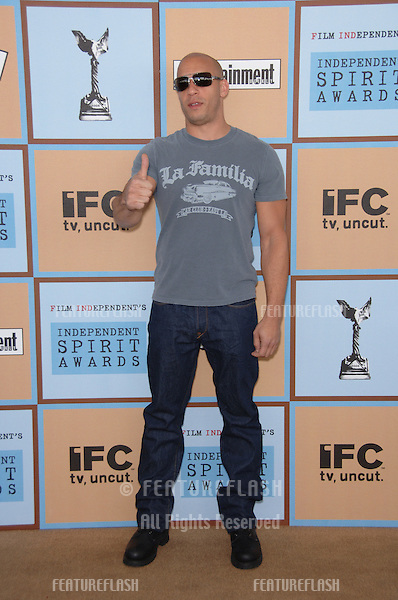 VIN DIESEL at Film Independent's 2006 Independent Spirit Awards on the beach in Santa Monica..March 4, 2006  Santa Monica, CA.© 2006 Paul Smith / Featureflash