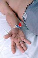 Cavie Umane, Svizzera in Canton Ticino ad Arzo, presso la Cross Research vengono sperimentati nuovi farmaci su volontari,