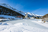 Italy, South Tyrol, Alto Adige, Sulden (Solda): hiking and ski area at 1.900 m altitude with Ortler Group mountains   Italien, Suedtirol, Vinschgau, Sulden: Bergdorf, Wander- und Skigebiet in ca. 1.900 m Meereshoehe vor der Ortlergruppe
