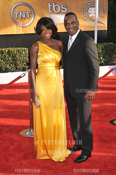 Viola Davis at the 15th Annual Screen Actors Guild Awards at the Shrine Auditorium, Los Angeles..January 25, 2009  Los Angeles, CA.Picture: Paul Smith / Featureflash