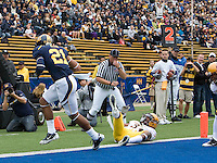 Keenan Allen of California scores a touchdown during the game against ASU at Memorial Stadium in Berkeley, California on October 23rd, 2010.  California defeated Arizona State, 50-17.