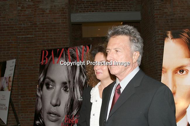 Dustin Hoffman &amp; wife  Lisa Gottsegen<br />