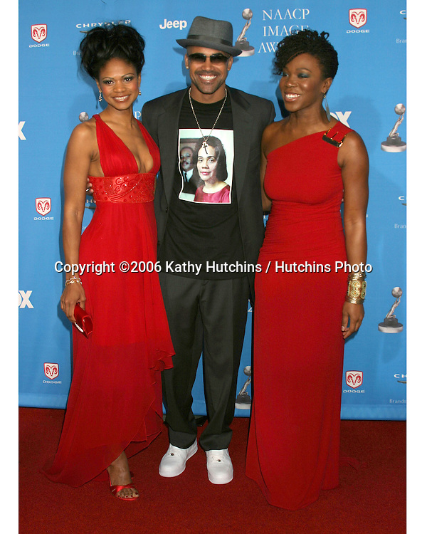 Kimberly Elise.Shemar Moore.India.Arie.37th NAACP Image Awards.Shrine Auditorium.Los Angeles, CA.February 25, 2006.©2006 Kathy Hutchins / Hutchins Photo....